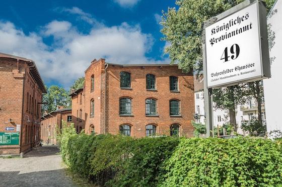 Social Media Production, Bahrenfelder Chaussee 49d, 22761 Hamburg